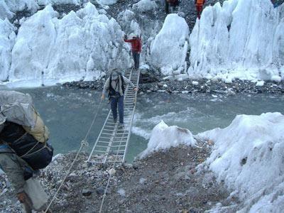 Expedición del montañero riojano Alfredo García al monte Gasherbrum en el Himalaya