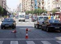 Señalizaciones que invaden la calzada en Logroño