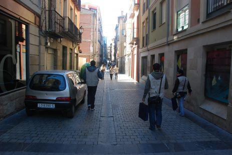 Por la Calle  Marques de San Nicolas