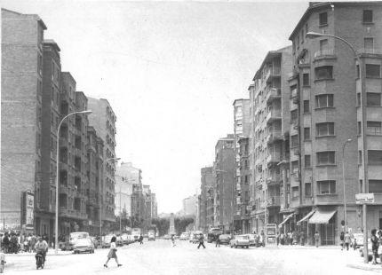 Avenida de la Paz, antes de la fuente
