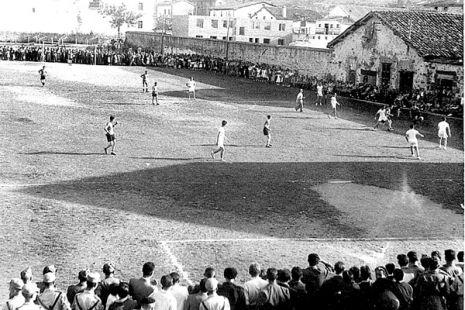 Fútbol en  las faldas del San Lorenzo