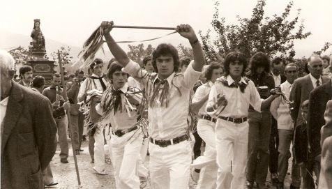 Danzadores de Santurde, en 1975