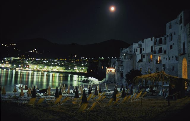 Noche en Cefalú