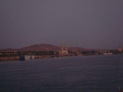 Aswan de noche