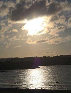 Sol nublado en Noja