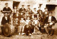 Una banda de música del siglo XIX