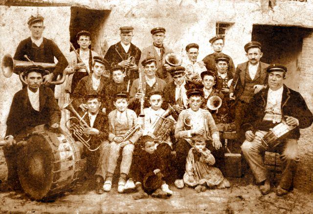 Una banda de m�sica del siglo XIX