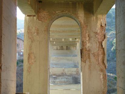 Estado ruinoso del puente de Ortigosa