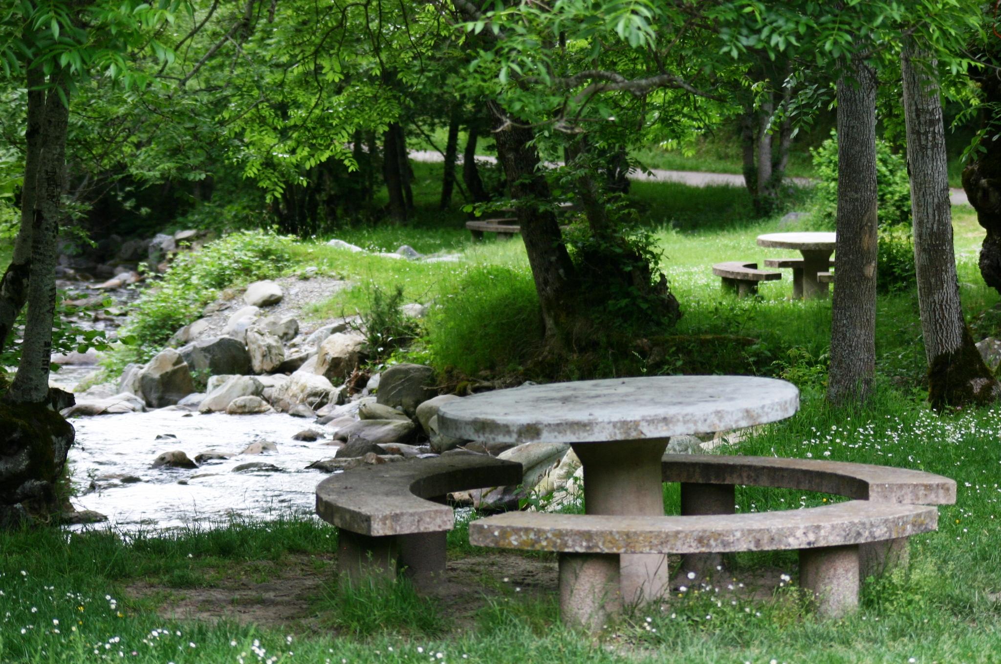 Jardin del eden ezcaray fotos de maravillas de la rioja for Los jardines del eden