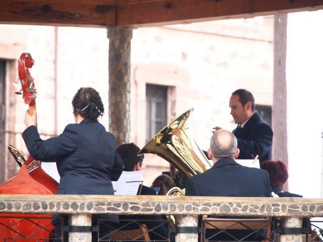 Sr- Director Orquesta de Ezcaray