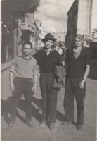 Tres amigos, a los toros  en Arnedo  en 1960