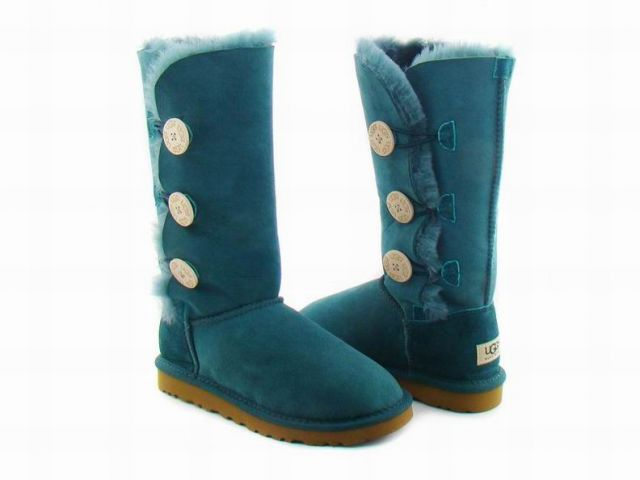 cheap uggs triplet bailey button