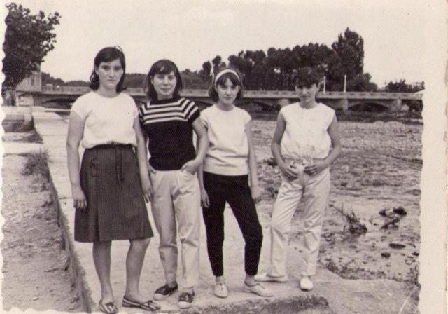Posando junto al r o por fiestas de n jera fotos de fotos antiguas Fotos de najera