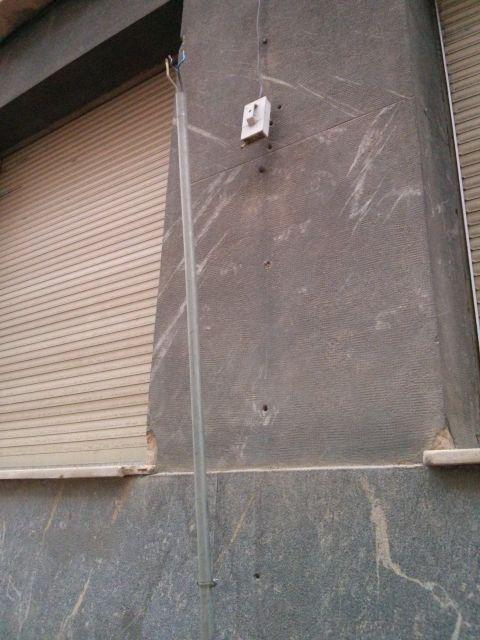 Arrancado de la fachada de Adoratrices