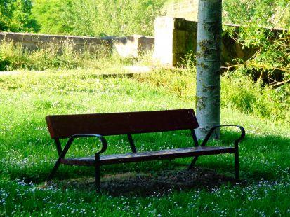 Un buen banco para el descanso (Ojacastro)