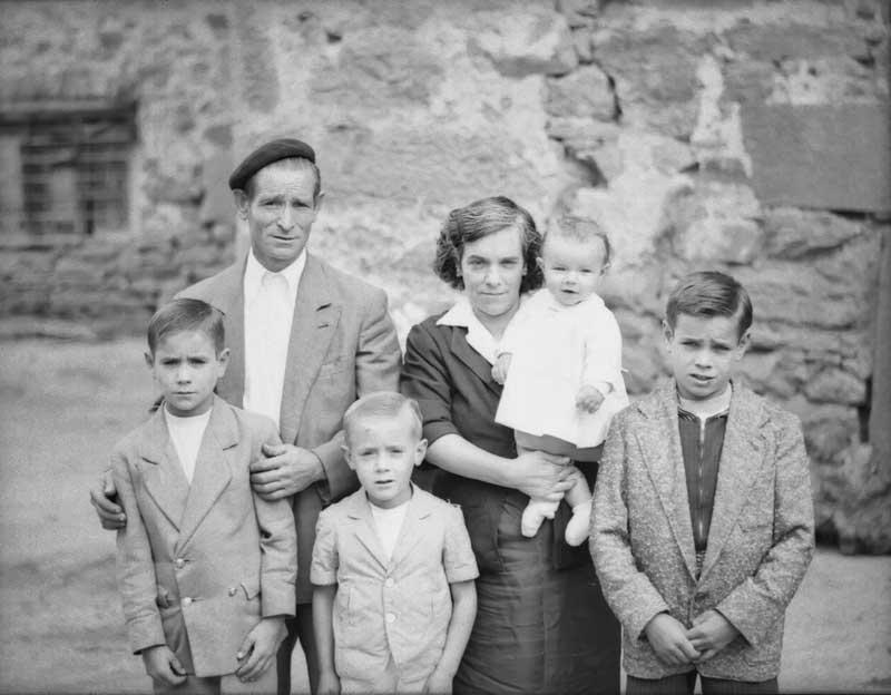 Retrato de familia numerosa fotos de fotos antiguas - Casas para familias numerosas ...