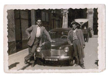 Logroño, en  1948: el coche del médico