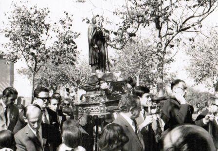 De procesión en Santo Domingo