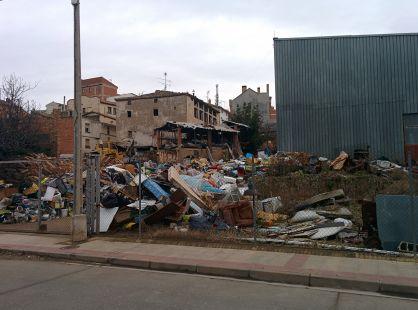 'vertedero urbano' en Villamediana