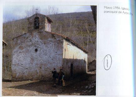 Iglesia de Azarulla, aldea de Ezcaray
