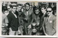 Motoristas en Logroño en los años 50