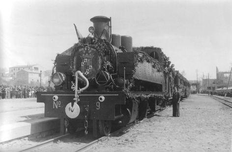 El tren llega a la estación de Arnedo