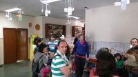Padres riojanos esperando a que termine el plazo de inscripción escolar en la secretaría del CEIP BRETON DE LOS HERREROS